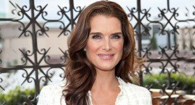 Be inspired by the Looks of Brooke Shields!