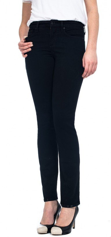 Sheri Skinny in black coloured denim